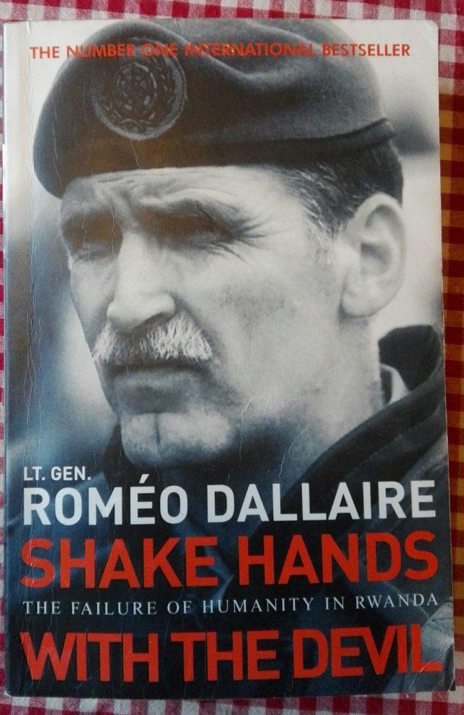 Omslaget til boka Shake Hands With the Devil.