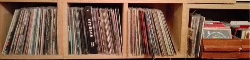 Fotografi av LP-plater og singler.
